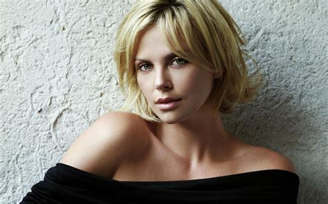 Charlize Theron Hairstyles by Charlize Theron Hairstyle Trends Charlize Theron