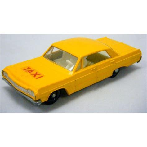 matchbox chevy impala matchbox regular wheels chevrolet impala taxi global
