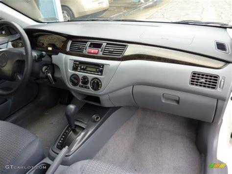 Mitsubishi Lancer 2002 Interior gray interior 2002 mitsubishi lancer es photo 41088416