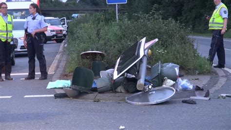 Zug Motorradunfall by Horror Unfall In L 252 Nen Zwei Tote Motorradfahrer 20