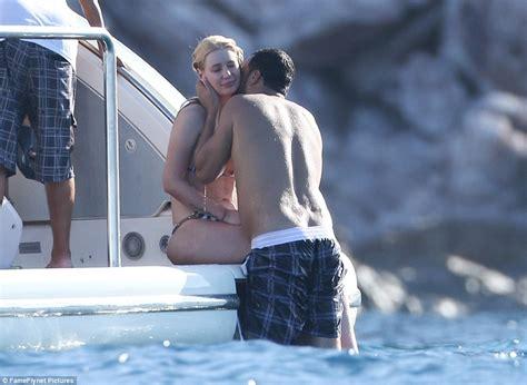 khloe kardashian nude in bathtub iggy azalea pictured kissing khloe kardashian s ex french montana on romantic bikini