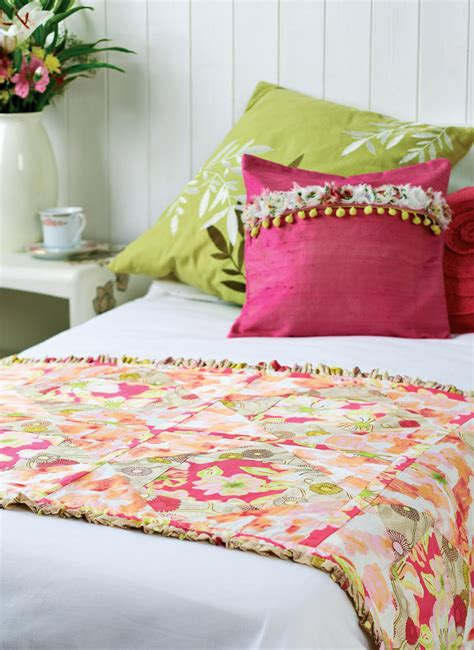 Free Bed Runner Quilt Patterns by Gallery Fabric Quilted Bed Runner Free Sewing