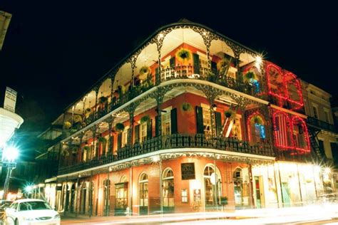 new orleans bed and breakfast french quarter la dauphine r 233 sidence des artistes new orleans bed and