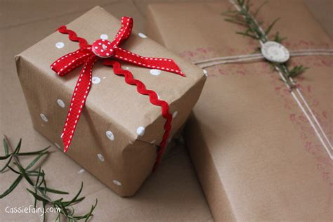 easy gift wrapping techniques diy festive wrapping ideas