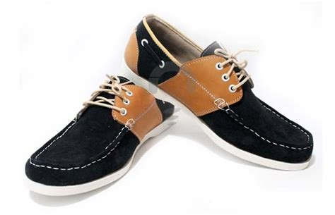 Sepatu Casual Pria Bahan Kulit Suede Sepatu Pria Santai Sekolah sepatu suede shoes casual khusus pria yg fashionable tersedia dalam beberapa warna pilihan my