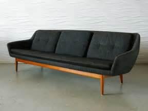 skandinavisches sofa scandinavian modern sofa at 1stdibs