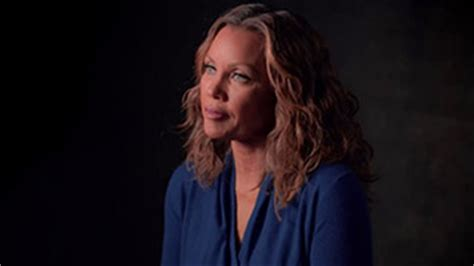 cindy cbell actress who has her own podcast exclusive vanessa williams on the pressure facing kids
