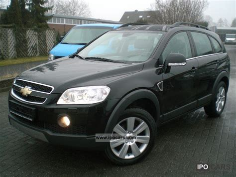 2008 chevrolet captiva 3 2 lt 4wd 7 seater car photo and