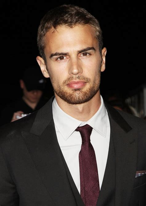 www theo theo james picture 26 premiere of summit entertainment s