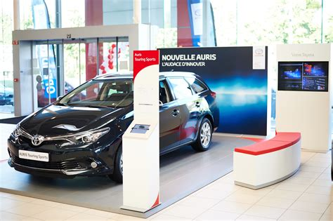 details of toyota showroom toyota brings digital retail concept to showrooms with