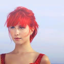 is hailey williams hair naturally red very pretty girl hayley williams she can have light red