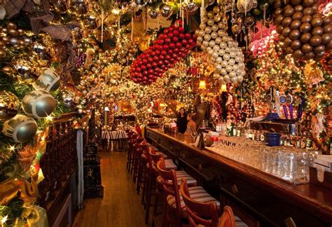 this nyc restaurant puts up 60 000 worth of christmas