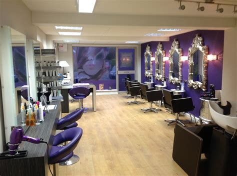 Hair Dressers In Manchester by Evolve Hair And Salon