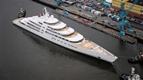 eclipse abramovich interni lo yacht pi 249 grande mondo 232 l azzam