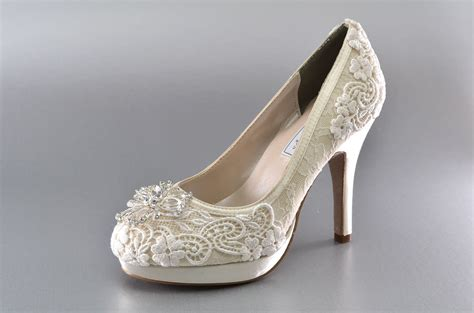 Womens Wedding Shoes by Wedding Shoes Lace Covered Bridal Shoes Womens Wedding Shoes