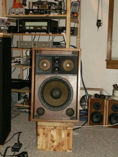 high sensitivity bookshelf speakers