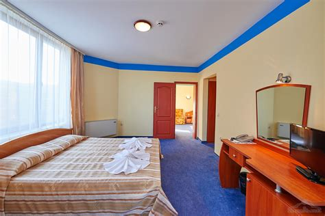 hotels with separate bedrooms 100 separate bedrooms apartment hotel 100 separate
