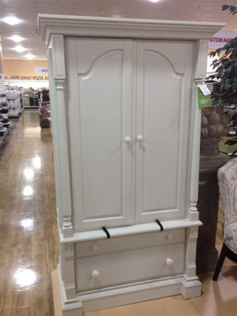 style me southern homegoods finds and august s