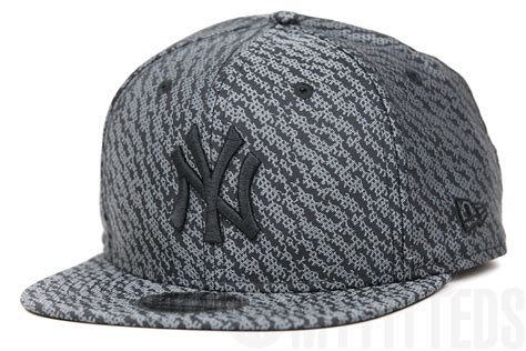 Adidas Yeezy 350 New York by New York Yankees Boost Hook Adidas Yeezy Boost 350 Quot Pirate Black Quot New Era Original Fit Snapback