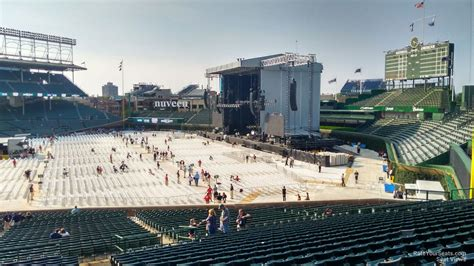 wrigley field section 240 wrigley field section 240 concert seating rateyourseats com