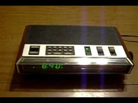 vintage ge general electric green led alarm clock radio