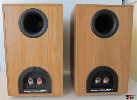 paradigm atom v6 bookshelf speaker cherry photo 1443015
