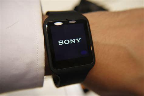Jam Sony Smartwatch 3 sony smartwatch 3 smartband talk on