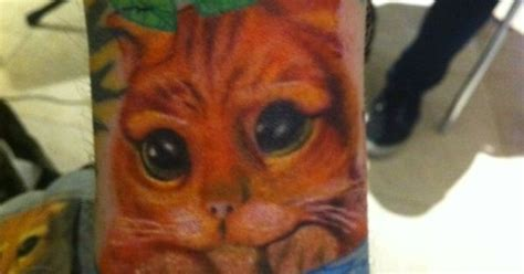 ed sheeran division tattoo why ed sheeran has a puss in boots tattoo i ll never know