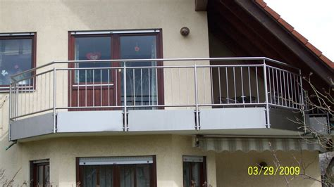 was kostet ein treppengeländer aus edelstahl balkongelnder edelstahl mit glas kosten balkongelnder