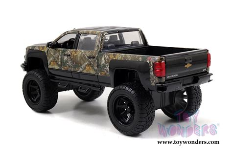 chevy jeep models toys realtree chevy 174 silverado road with