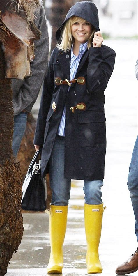 Style Reese Witherspoon Fabsugar Want Need by Best 25 Rainy Day Fashion Ideas On Rainy Day