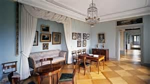 biedermeier wohnzimmer kirchheim palace staatliche schl 246 sser und g 228 rten baden