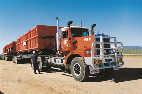 ken worth 10 000th kenworth built kenworth australia