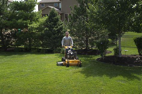 maintain lawn landscape solutions
