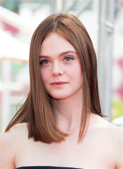 bob haircuts elle elle fanning is a brunette see her new hair color