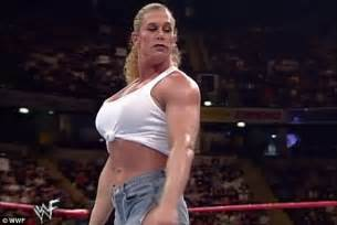 what is a hot foot on a bass boat bodybuilder and wwe wrestler nicole bass dies age 52