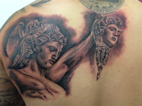 perseus tattoo black and grey perseus beheading medusa by norris yelp