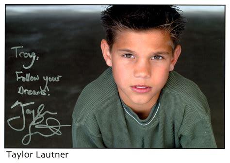 taylor lautner tattoos lautner autograph www pixshark