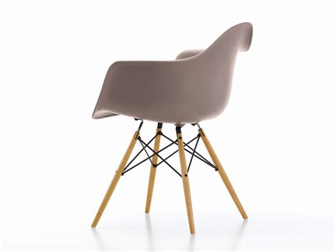 Vitra Eames Armchair by Buy The Vitra Daw Eames Plastic Armchair Yellowish Maple