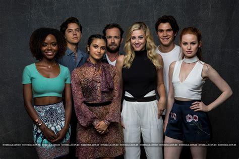 Or Cast 2017 Riverdale 2017 Tv Series Images Riverdale Cast La Times Portrait Studio Hd Wallpaper And