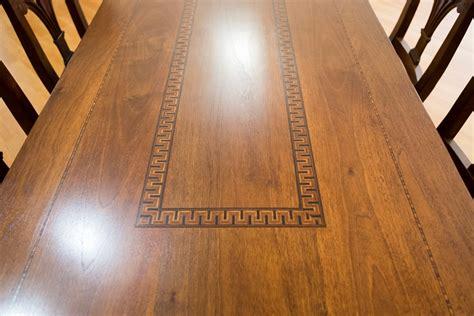 tavoli intarsiati tavoli su misura in legno tavoli artigianali legnoeoltre