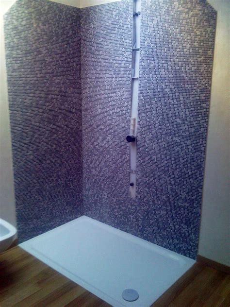 doccia mosaico foto doccia con mosaico di nifra 98935 habitissimo