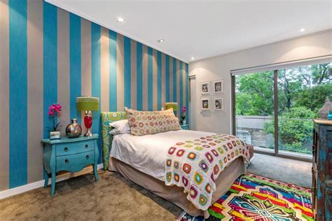 striped bedroom 20 trendy striped bedroom wall design ideas with pictures