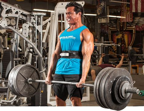 world record bench press without shirt 5 ways a bodybuilder should train like a powerlifter