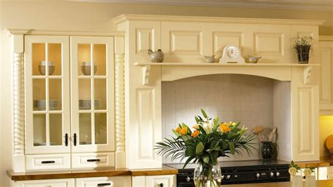 kitchen cabinet cornice moulding 10 influences of kitchen cabinet cornice kitchen