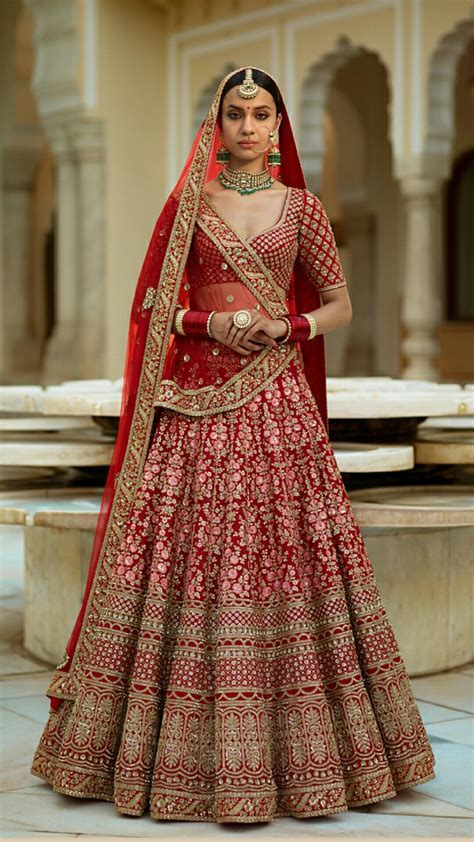 Sabyasachi Bride Indian Dresses Punjabi Wedding t