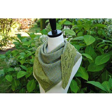 leaf pattern shawl knitting leaf press shawl knitting pattern by judy marples