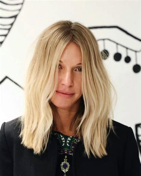 Just Below Collar Bone Blonde Hair Styles | 1000 ideas about collar bone hair on pinterest beach