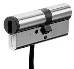 come aprire un armadio senza chiave le caratteristiche della serratura a cilindro