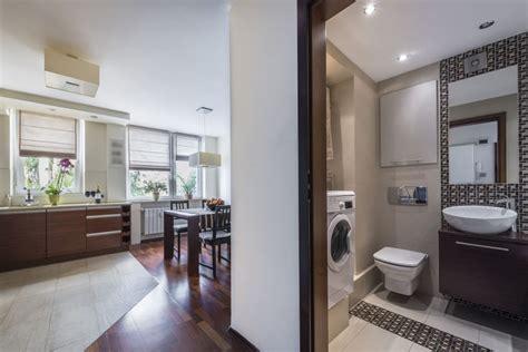 image kitchens and bathrooms projekt małej łazienki zdjęcia wygodnego i modnego